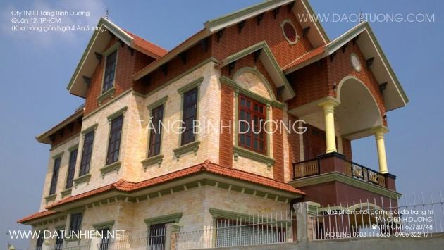 Căn nhà đẹp sử dụng gạch, đá trang trí.