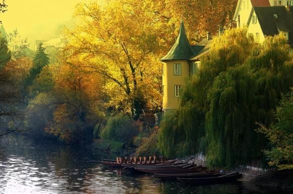 Nhà miền quên bên sông