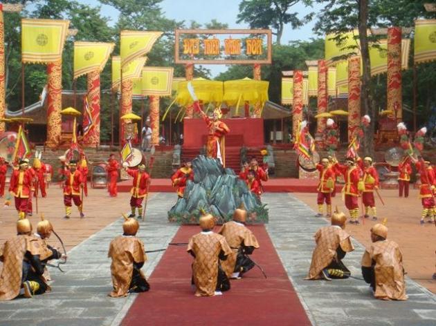 Một cảnh trong lễ hội Lam Kinh truyền thống.